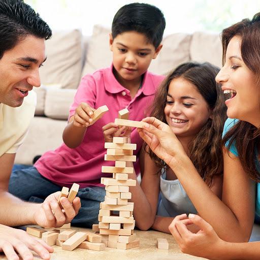 Настольная игра «Дженга»: построй свою Пизанскую башню